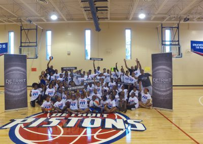 Saturday's Pistons Clinic a Huge Hit! 8