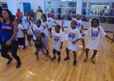 Saturday's Pistons Clinic a Huge Hit! 4