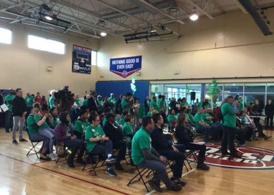 A City in Service on Comcast Cares Day 8