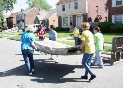 A Time to Help Joins Habitat for Humanity to Clean Up Morningside Commons 7