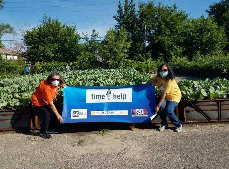 Group Gardening at Big Glen Brings 'A Time to Help' Together Again