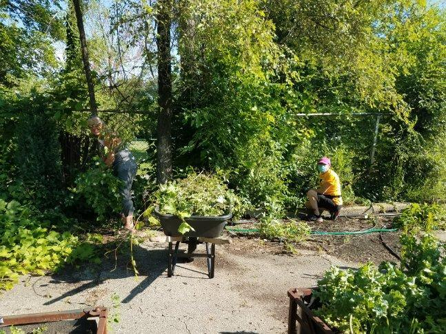 Group Gardening at Big Glen Brings 'A Time to Help' Together Again 6