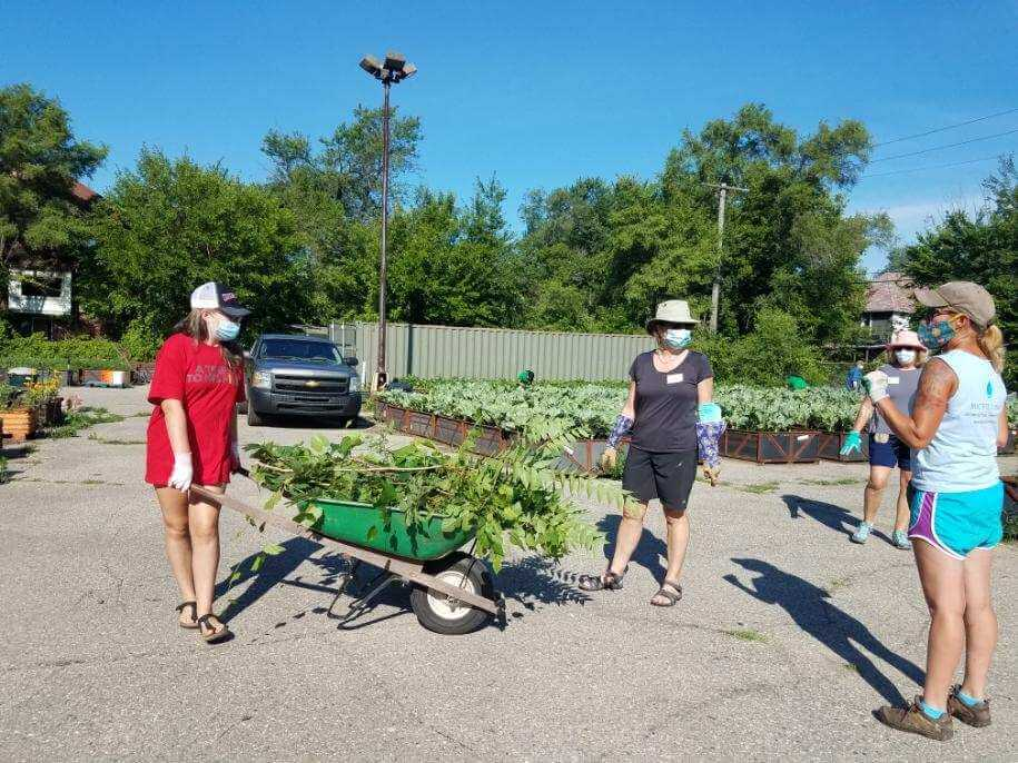 Group Gardening at Big Glen Brings 'A Time to Help' Together Again 7