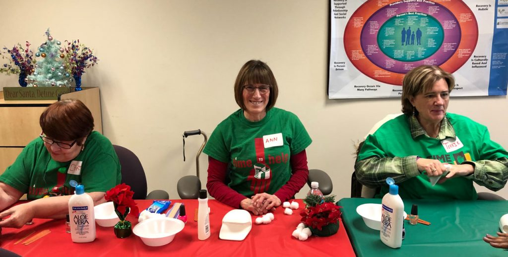 Volunteers ring in the holidays at Salvation Army Harbor Light 26