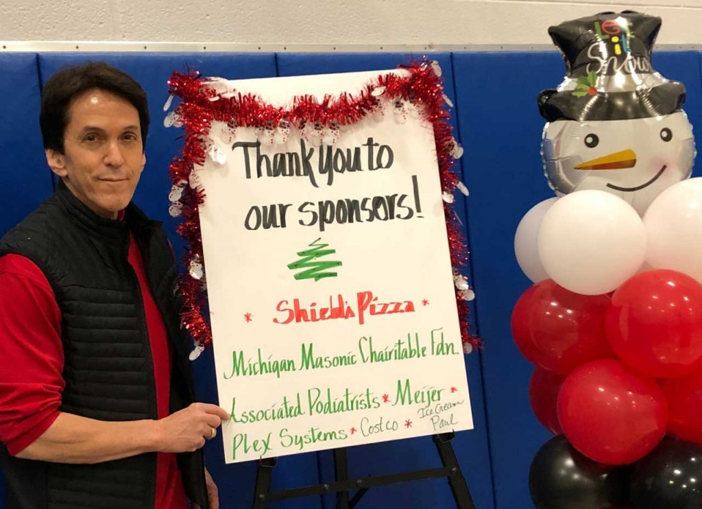 Volunteers ring in the holidays at Salvation Army Harbor Light 16